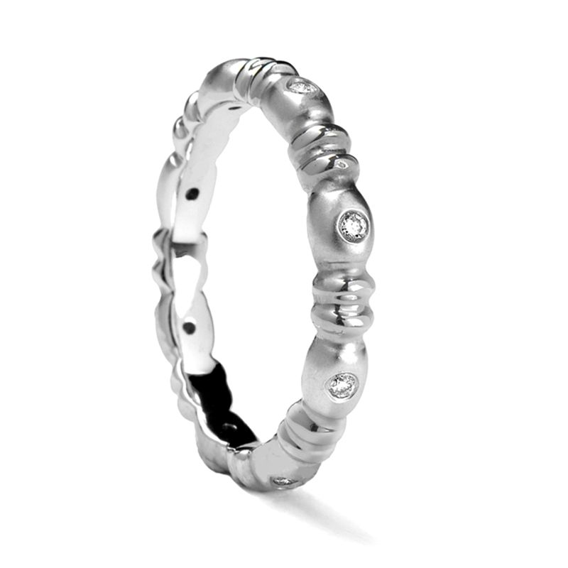 Ladies' Carved White Gold Ring with 8 Diamonds by Sossi - 4mm