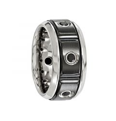 AELIANUS Black Titanium Ring with a Black Spinel Setting and Polished Edges by Edward Mirell - 11 mm