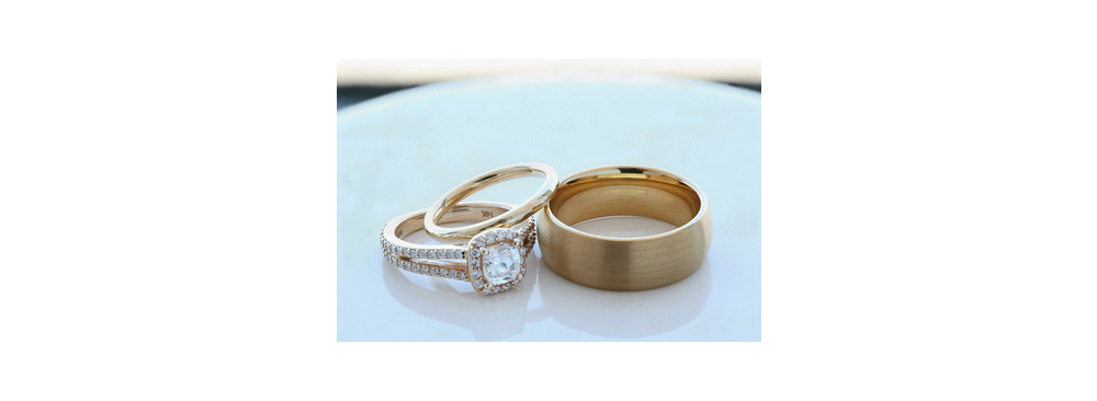 Difference Wedding Ring Vs Engagement Ring Larson Jewelers